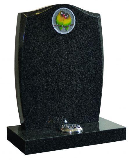 KW042 memorial